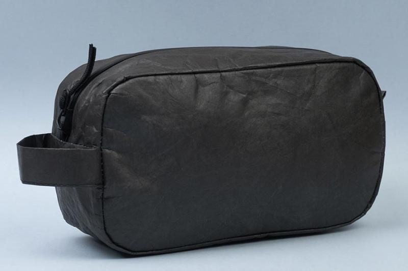 Несессер NEW WALLET - New Monoblack; сделан из Tyvek®